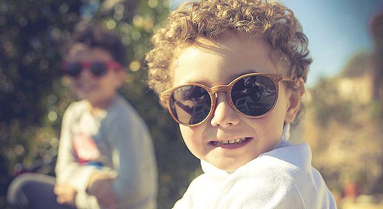 Óculos de sol para bebês e crianças